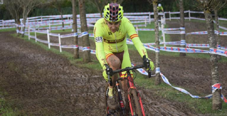 Simaes, la máquina de ganar medallas ¡decimoquinta en ciclocross!