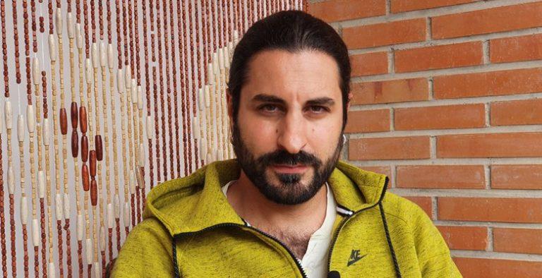 Álvaro Puertas, música en directo contra el Virus