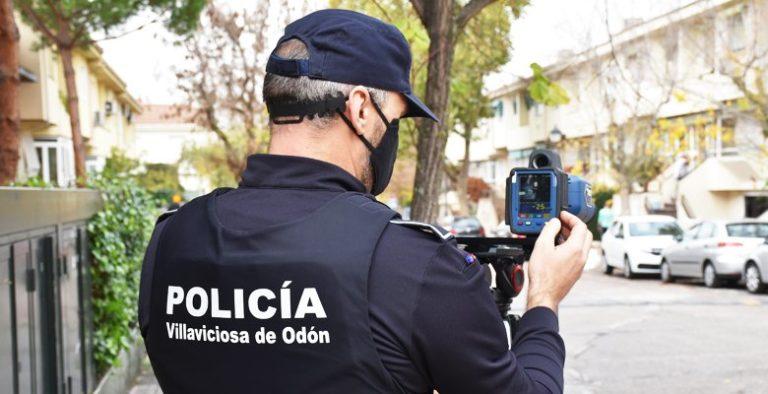El Ayuntamiento adquiere un radar móvil para su Policía con el objetivo de mejorar la seguridad vial en el municipio
